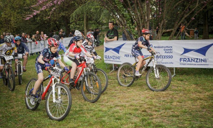 Noleggio allestimenti per evento ciclistico